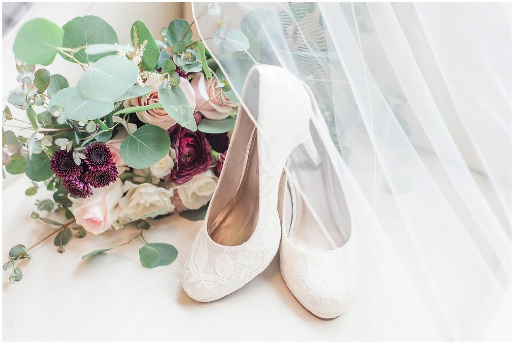 New Mexico wedding photographer. Albuquerque wedding photographer. Noahs event venue wedding. Pink and burgundy wedding. outdoor wedding portraits. bridal shoes. bridal bouquet.