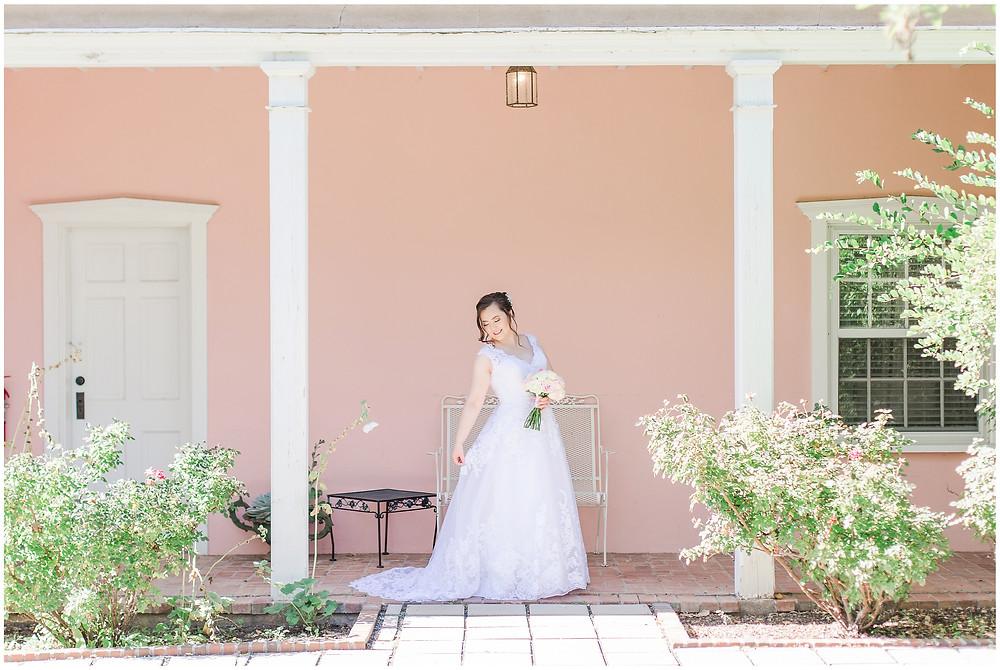 Los Poblanos wedding venue. Los Poblanos wedding. New Mexico wedding photographer. Albuquerque wedding photographer. Ballgown wedding dress. Pink rose bouquet. Elegant bouquet. Classic bouquet. Small bouquet.