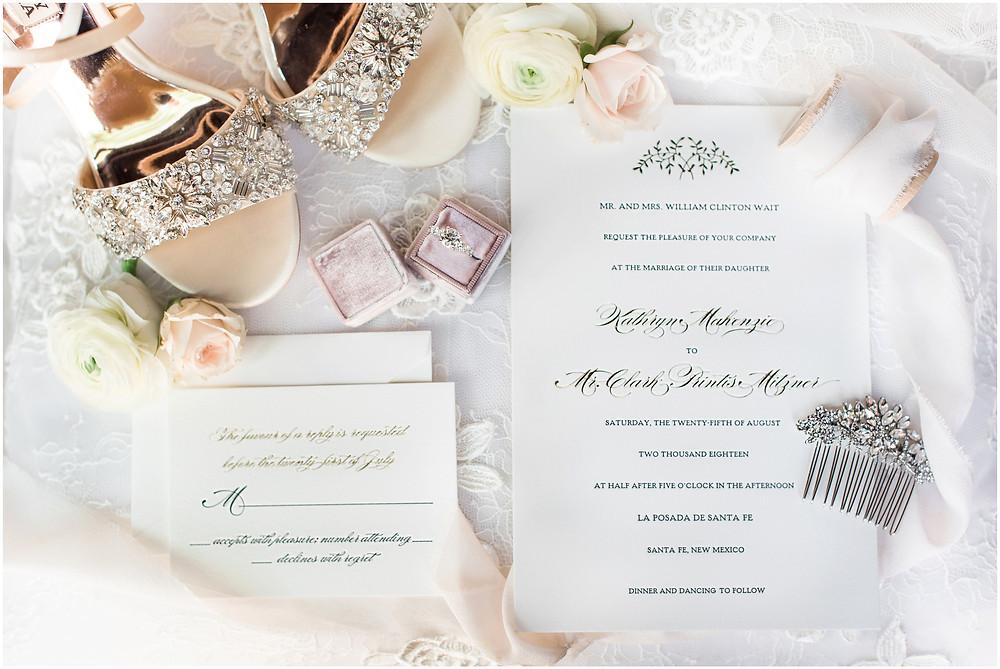 Elegant Santa Fe Wedding photographer. New Mexico wedding photographer. Elegant dinner party wedding. santa fe and albuquerque wedding photographer.