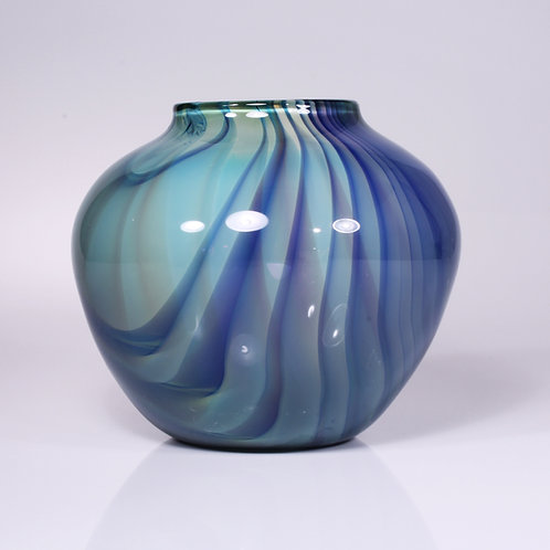 sequoia vase blue squat
