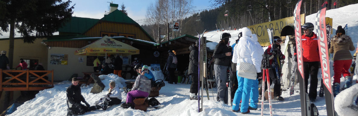 Enjoy our Ski Bar!