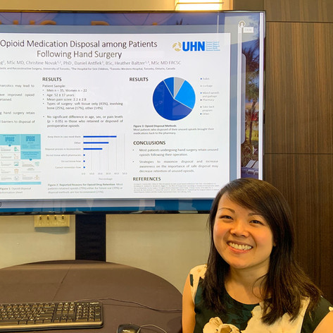 Dr. Celine Yeung from Toronto presented her research poster at the American Association of Hand Surgery meeting in Fort Lauderdale, USA, Jan 2020.