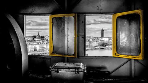Deux fenêtres sur la ville ©Cedric Blondeel