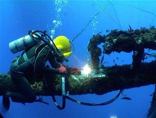 77d4c-underwater_welding02.jpg