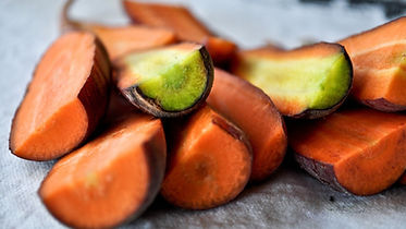 Manolla Cafe Cut carrots.jpg