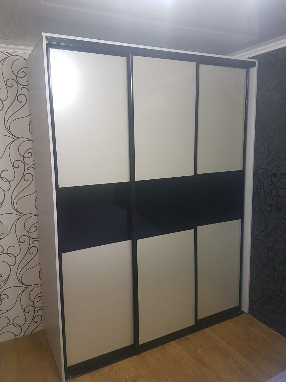 Шкаф - кШкаф - купеупе 3 двери
