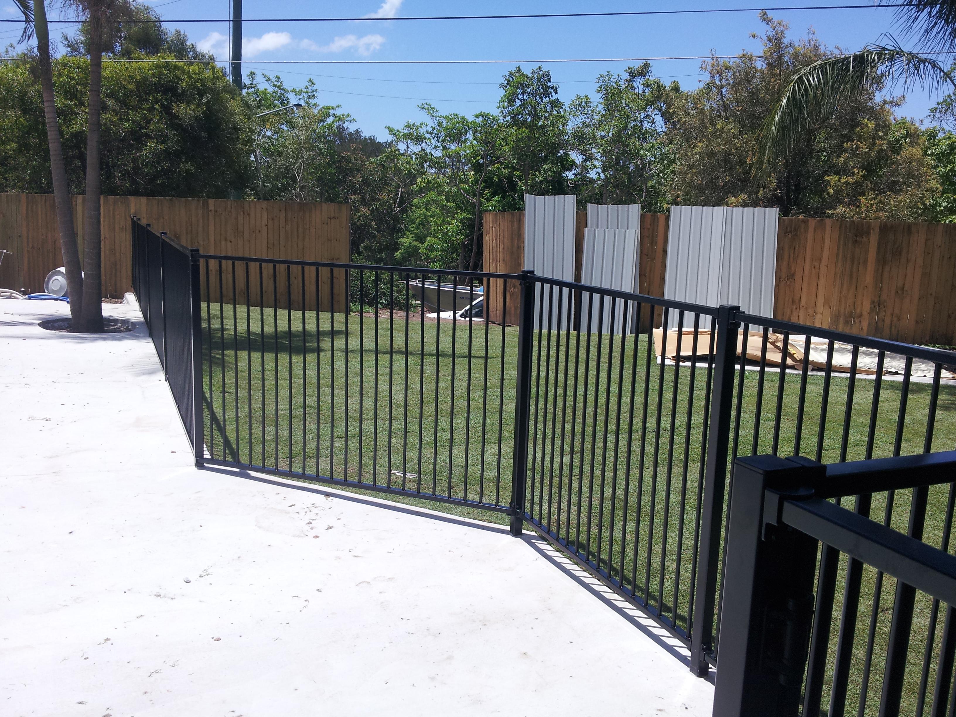 Standard Pool Fencing