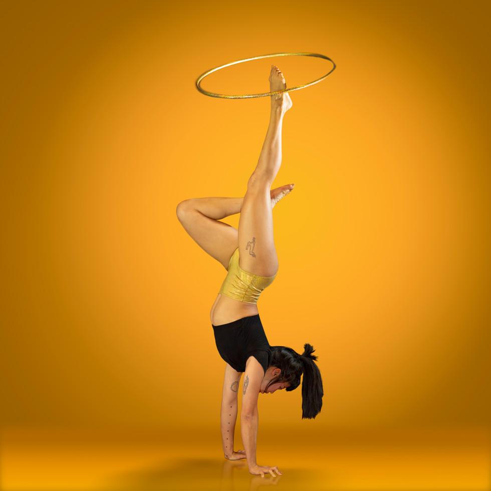 Golden Hoop Stand.jpg