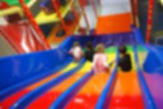 toboggan aire de jeu circus party mougins parc enfant cote azur french riviera loisir sortie cannes