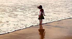 mood-child-beach-baby-ocean-desktop-back