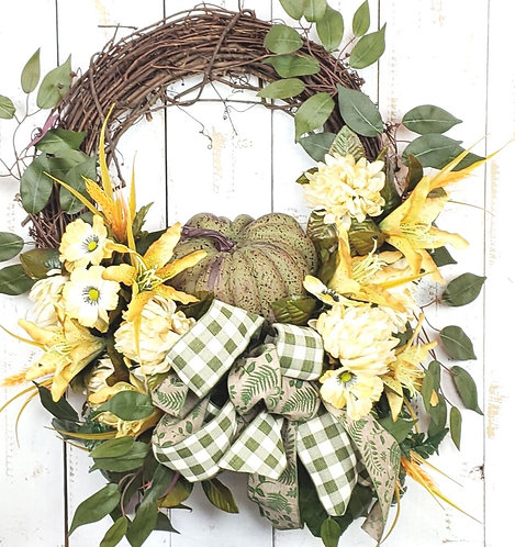 Green Pumpin Wreath