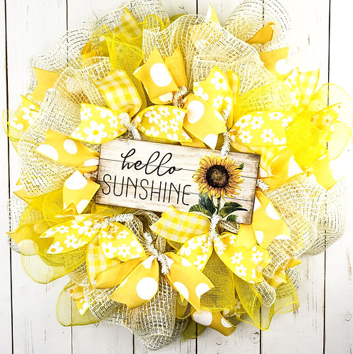 Hello Sunshine Mesh Wreath