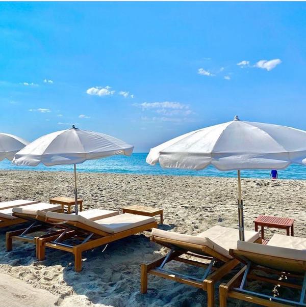 transat-plage-privée-le-seven