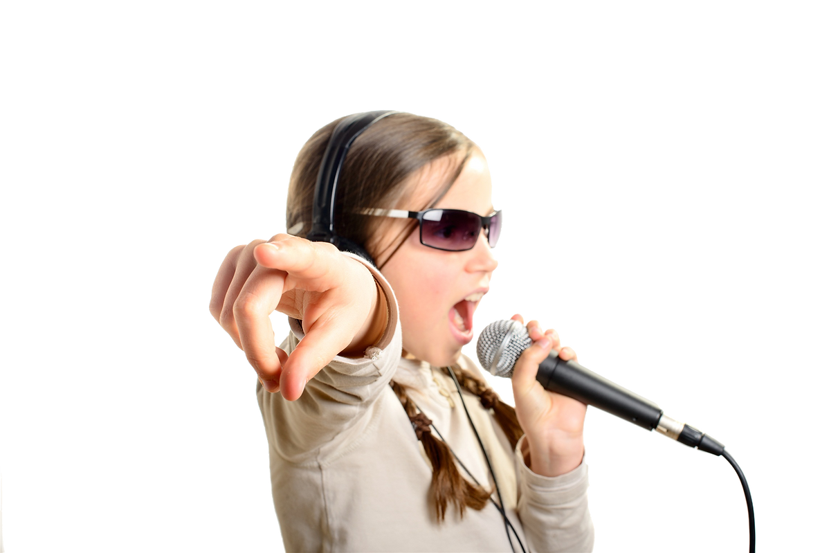 kisspng-microphone-singing-stock-photogr