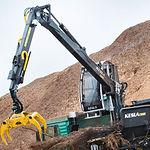 KESLA_truck& stationery crane.jpg