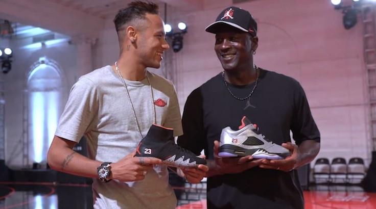 Michael Jordan trở thành VĐV thành công nhất lịch sử về cả thành tích lẫn tiền bạc. |JP88