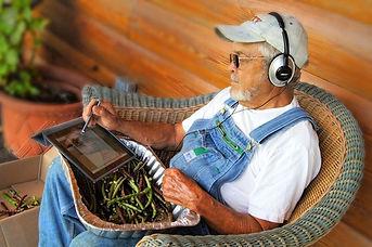 Headphones_Old_Man.jpg