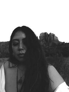 Edith | @Editherss