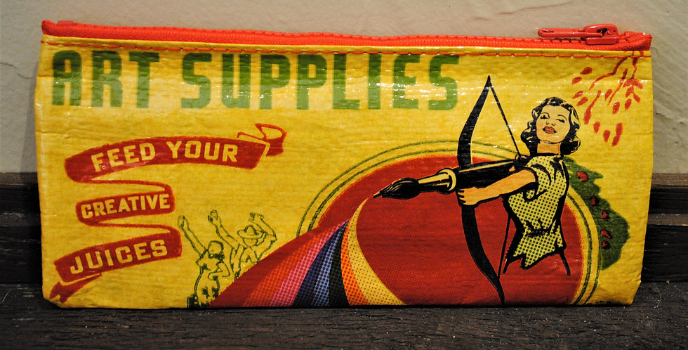 Zipper pencil style pouch - Art supplies