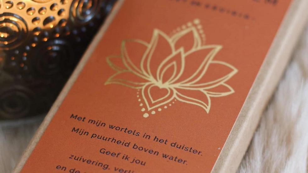 Lotuswierook + houder wit