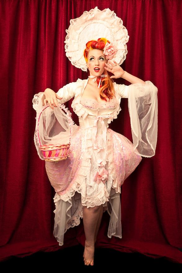 Burlesque-Melody-Mangler