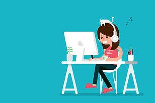 47476668-幸せな女は、コンピューター、フラットなデザインの漫画に取