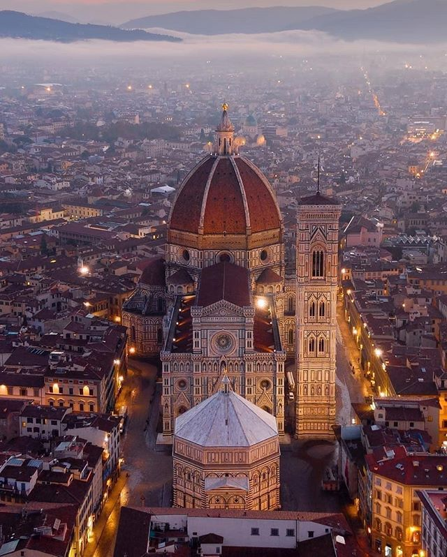 Guides to visit Florence, the cradle of