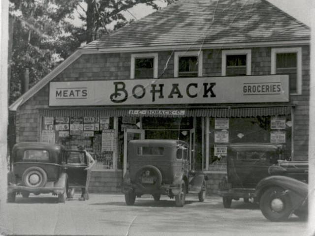 Mastic Beach Bohack, early 1940's