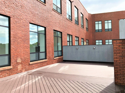 Private Terrace - Suite 208
