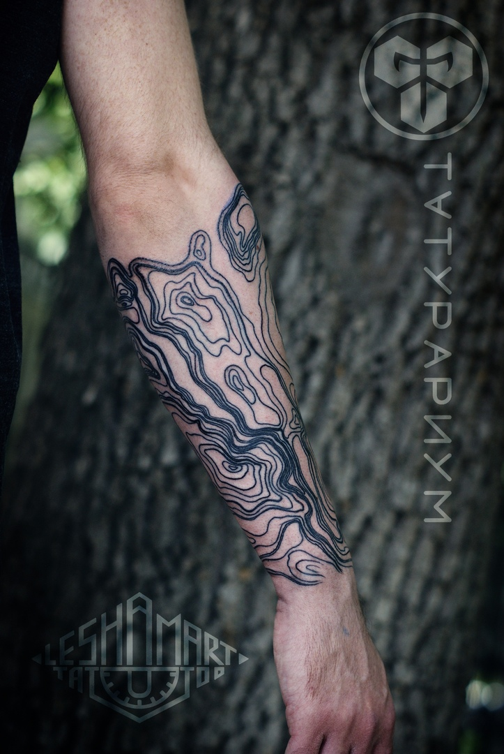 Фото татуировки, минимализм на мужской р