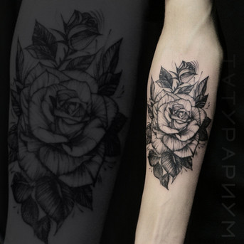 Фото татуировки, реалистичная роза на пр