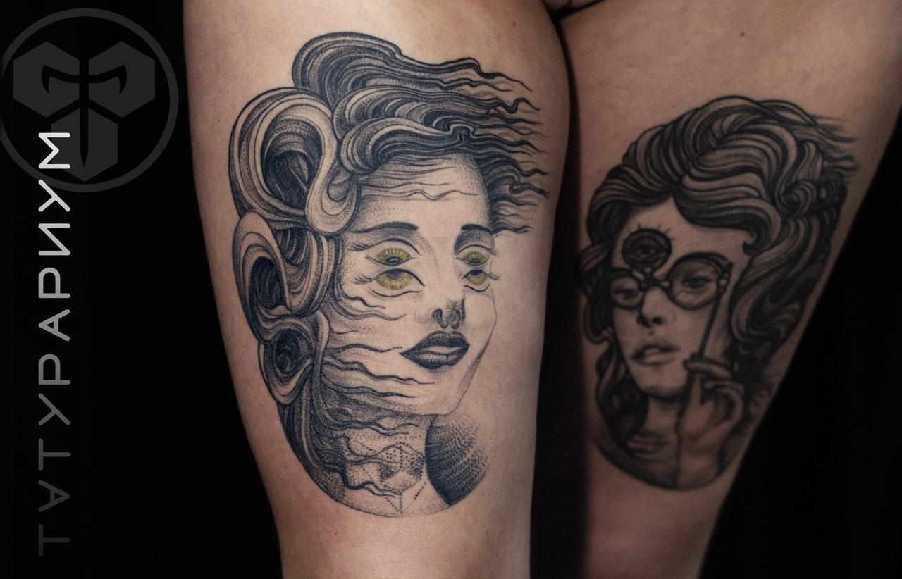 Фото татуировки, портрет девушки на бедр