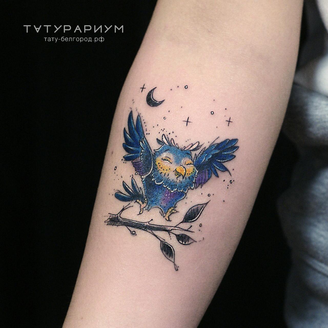 Фото татуировки, мультяшная сова, на пре