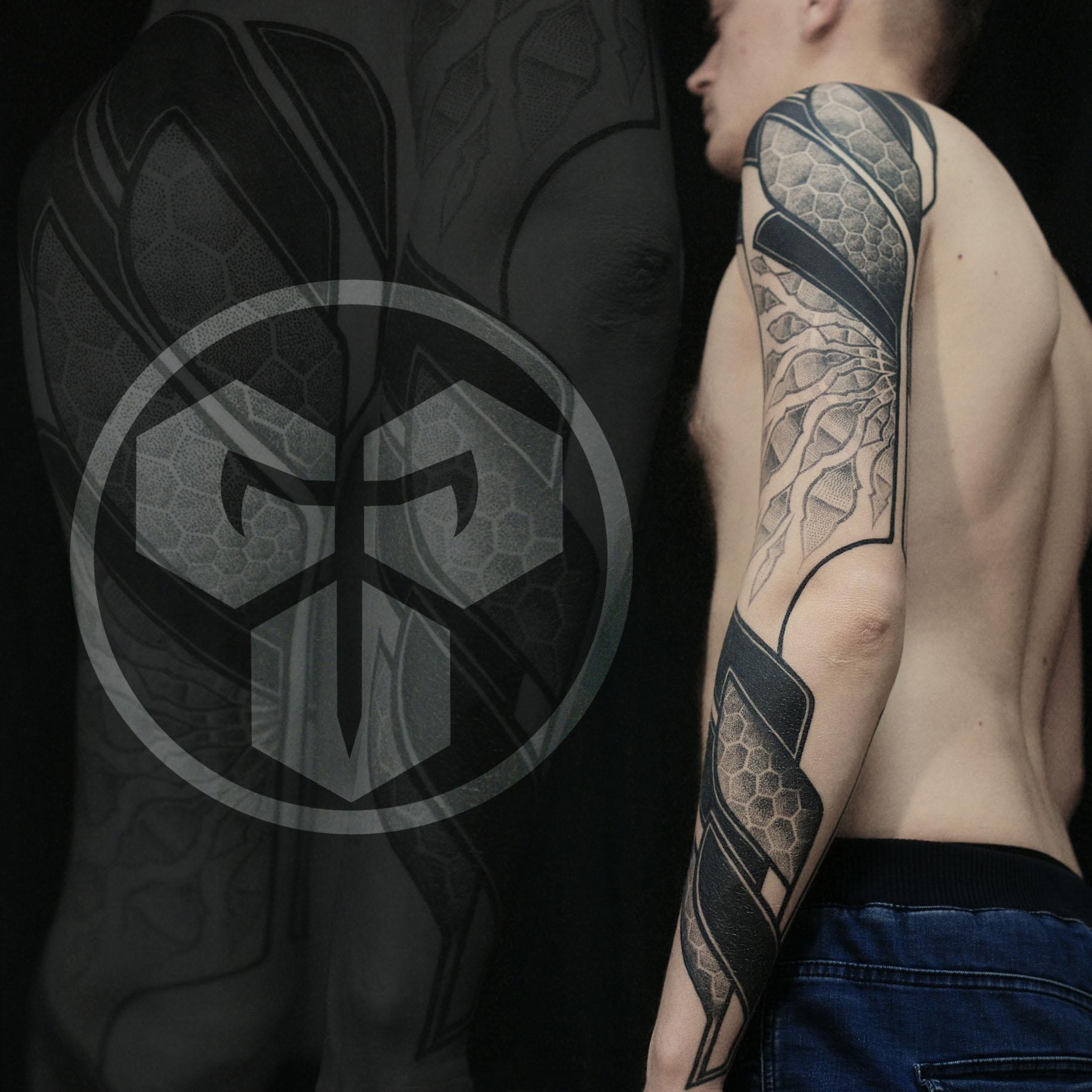 Фото татуировки, занявшей 3е место, в 20