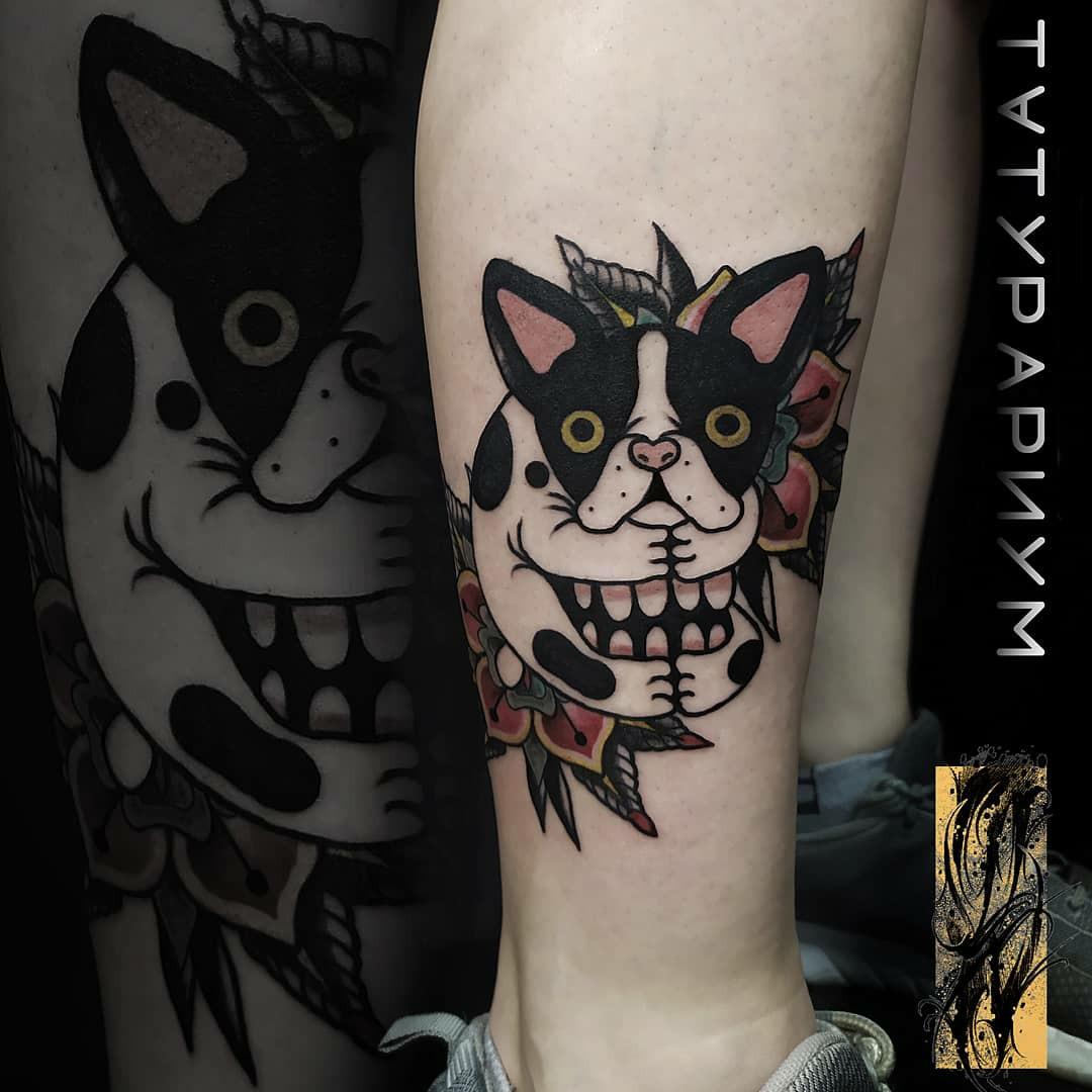 Фото татуировки, мопс в стиле олдскул на