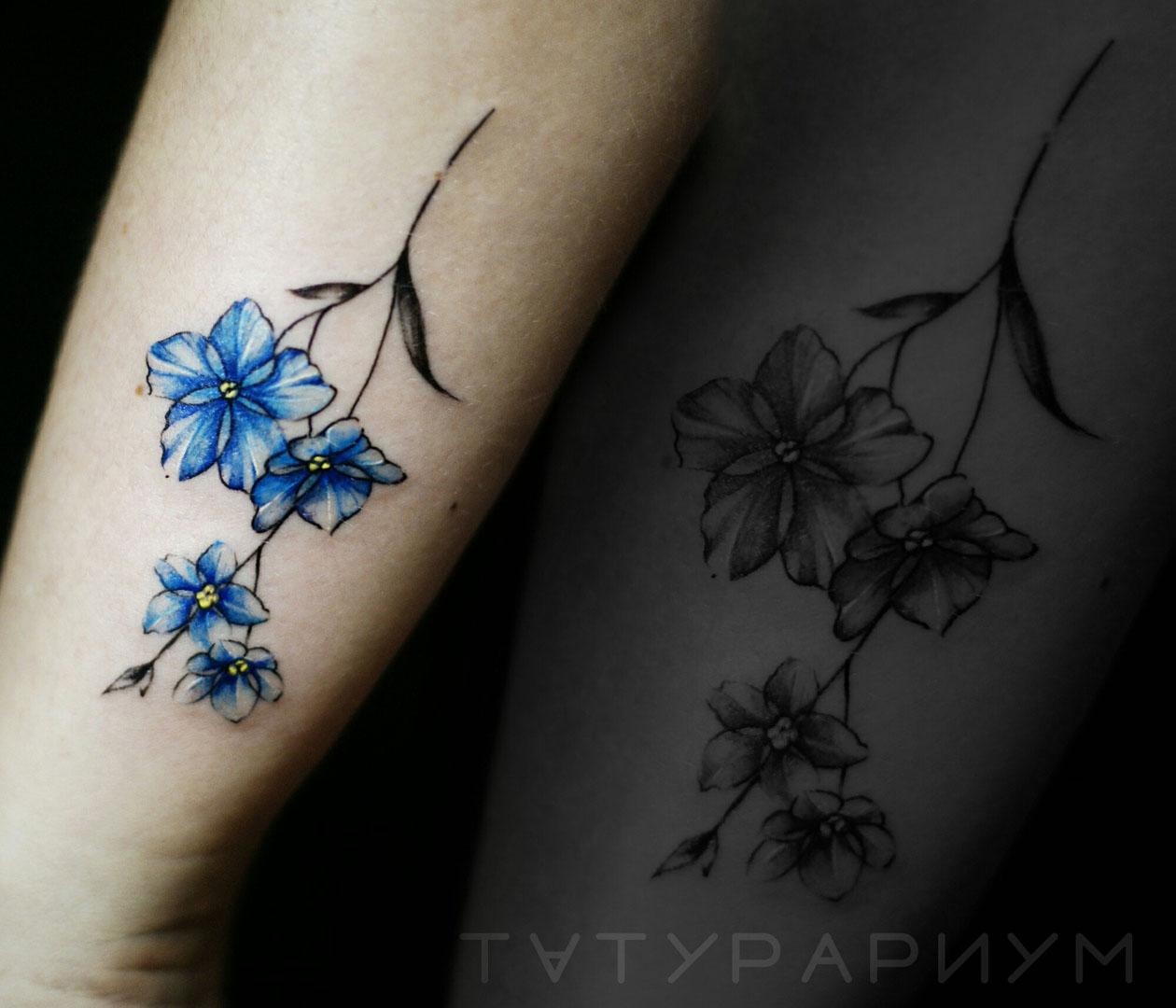 Фото татуировки, синие васельки на предп