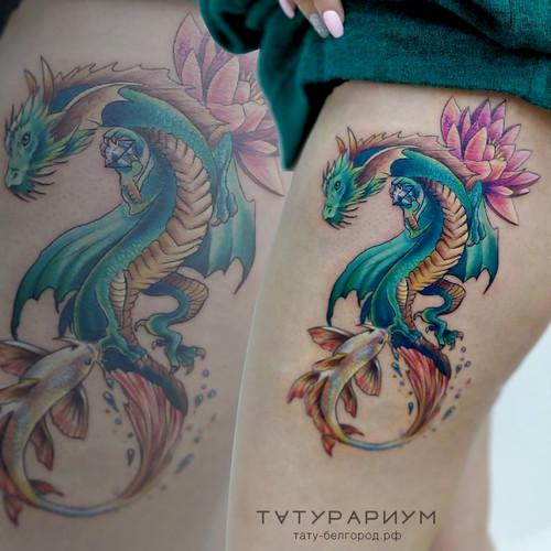 Фото татуировки, цветной дракон с золото