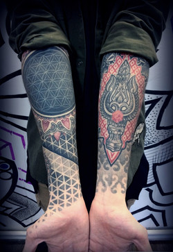 Фото татуировки, скарально орнаментальны
