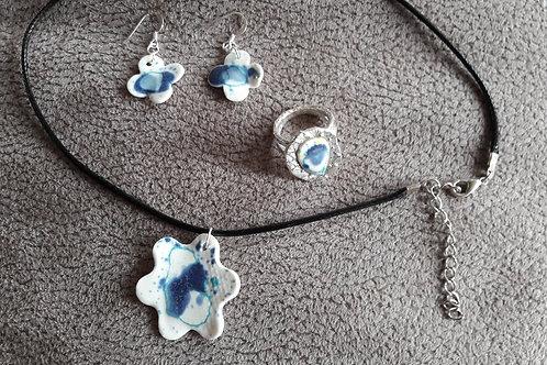 Parure fleur en porcelaine collier / boucles d'oreilles / bague Argent