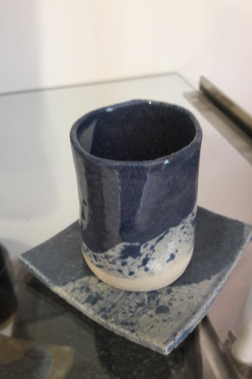 tasse + sous tasse céramique bleue
