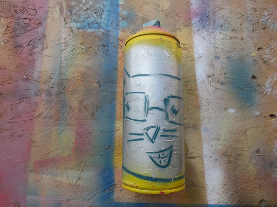 Kufsonim Cat on Spray Can by Sened