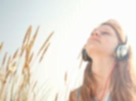 音楽を聴きます