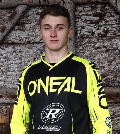 Platz 3 für Joshua Barth beim Finale des iXS European Downhill-Cup