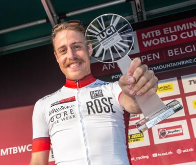 Simon Gegenheimer gewinnt Weltcup-Gesamtwertung