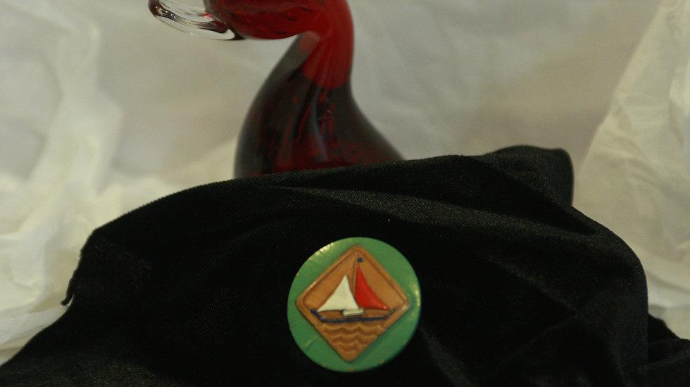 Sail boat button