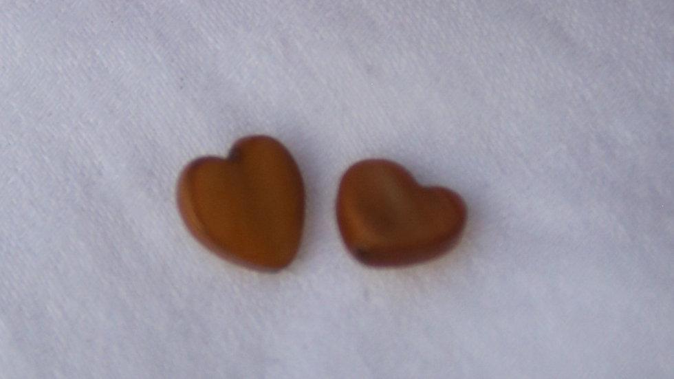 Small caramel stone studs