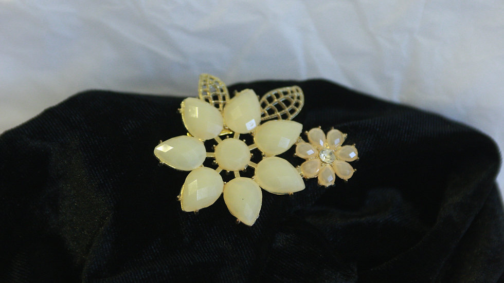 Large Flower burst Brooch