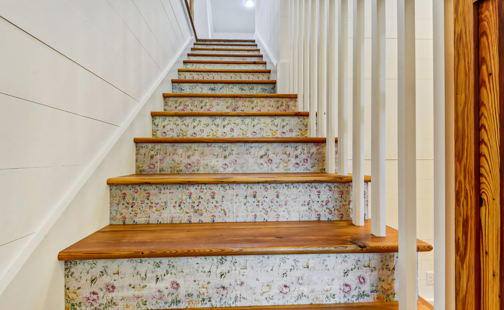 415+S+Point+Blvd+St.+Marys-53-web-Stairc