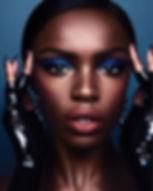 Nina Lola Model Eyebrows microblading ey