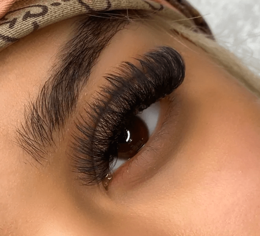 volume lashes.png